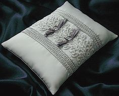 ateliersarah's ring pillow/Pin tuck and lace and spiral blade Wedding Ring Cushion, Wedding Pillows, Cushion Ring, Ring Pillows, Throw Pillows, Wedding Crafts, Wedding Decorations, Ring Bearer, Knitting Patterns