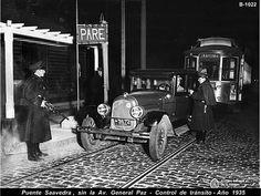 Antique Cars, Antiques, Bridges, Antique Photos, Countries, Cities, Historia, Vintage Cars, Antiquities