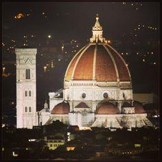 #santamariadelfiore #cupola #brunelleschi #fotonotturne #firenze #florence #tuscany ©Federico De Luca