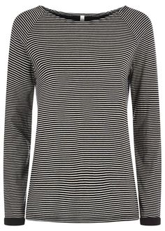 Black striped top in 100% Fairtrade certified organic cotton. Double layer fabric with long sleeve and round neck. Also available in beige. Length 66cm.