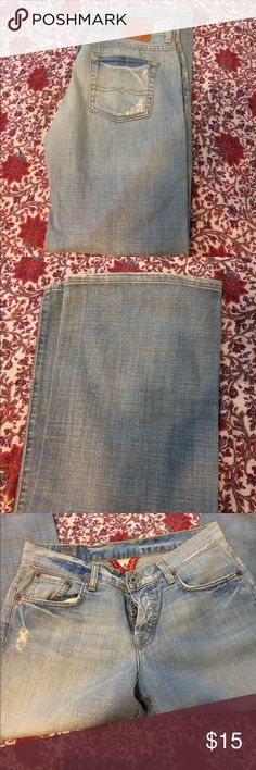 Lucky brand easy rider jeans Excellent condition wide leg size 29/8. Light wash. Lucky Brand Jeans Flare & Wide Leg