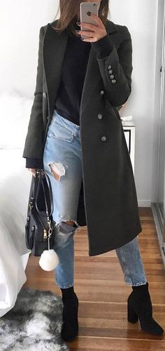 trendy outfit / black coat + top + bag + ripped jeans + boots #omgoutfitideas #styleinspiration #streetfashion