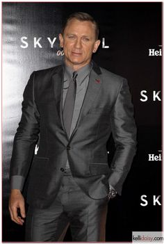 Daniel Craig promotes Skyfall in a shiny suit