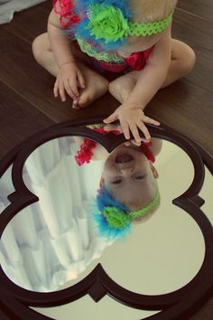 @ Monica Bolio....I bet she is going to love mirrors like her Mommy!  Baby girl photography, mirror