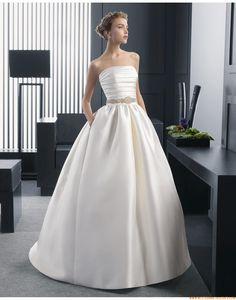 2015 A-linie Exklusive Einfache Brautkleider aus Taft mit Perlenstickerei