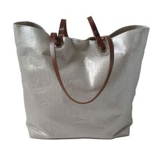 silver tote <3 #leather #linen