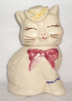 $72.00 Vintage Shawnee Puss N Boots Cookie jar  www.jazzejunque.com