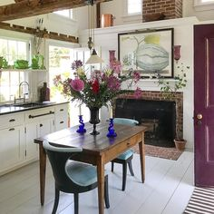 Nirvana @christopherspitzmiller 's compound. #design #interiordesign #theenglishroomtravels