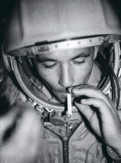 Cosmonauts: How Russia Won the Space Race Movies To Watch, Good Movies, Terrifying Stories, Archive Footage, Space Race, Movies Online, Documentaries, Russia, Racing