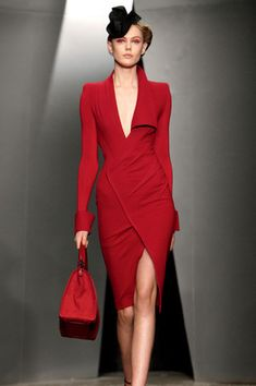 Donna Karan Fall 2012 Runway Look Haute Couture Style, Couture Mode, Couture Fashion, Runway Fashion, Red Fashion, Look Fashion, High Fashion, Fashion Show, Womens Fashion