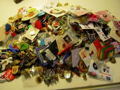 Lot of 382 Vintage Button Buttons Pinbacks Advertising Misc Mixed Lot Lapel Pins