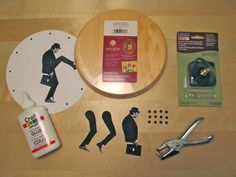 Ministry of silly walks clock!!!! So want to make one of these for the apartment