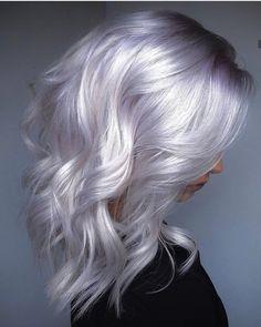 Silver Blonde Hair, Golden Blonde, Silver Platinum Hair, Gradient Hair, Hair Looks, Hair Lengths, Dyed Hair, Hair Inspiration, Hair Inspo