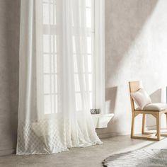 Εκλεπτυσμένο σχέδιο με έντονη έμφαση στις λεπτομέρειες. 😍 Off White, Pergola, Curtains, Home Decor, Products, Blinds, Decoration Home, Room Decor, Outdoor Pergola