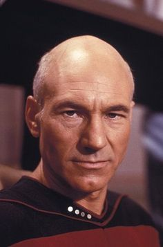 Captain Jean-Luc Picard (Patrick Stewart) - Star Trek: The Next Generation Star Trek Tv, Star Wars, Star Trek Generations, Star Trek Characters, Fictional Characters, Patrick Stewart, Star Trek Original, Starship Enterprise, Star Trek Universe