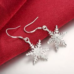 De calidad superior 925 sello de plata pendiente de moda del flor de nieve suave pendientes de gota plateados para mujer regalos envío gratis