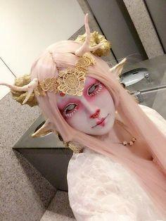 10 Spooky Makeup Looks for the Halloween Fanatic Goth Makeup, Sfx Makeup, Costume Makeup, Makeup Art, Demon Makeup, Fairy Makeup, Mermaid Makeup, Makeup Eyes, Kawaii Makeup