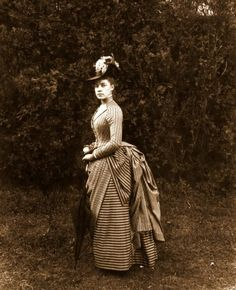 Elizabeth Alice Austen in a June 1888 photograph by Oswald Müller