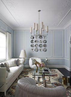 Greg Natale | Living Room Inspiration. Modern Sofas. White Sofa. #modernsofas #homedecor #livingroom Find more inspiration at: modernsofas.eu