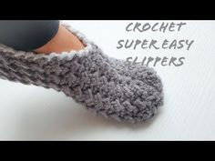 CROCHET SLIPPERS SUPER FAST/EASY/UNIQUE#crochetslippers#howto#easy#unique#hačkovanie - YouTube Diy Crochet Slippers, Crochet Socks Tutorial, Easy Crochet Socks, Quick Crochet Patterns, Crochet Slipper Boots, Knit Slippers Free Pattern, Beginner Crochet Tutorial, Crochet Slipper Pattern, Crochet Wool