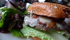 Kitchen 6   Diez tipos diferentes de hamburguesas. Córdoba 113, Roma Norte, 5264 2622  Burgers  Tamaulipas s/n, Condesa. En frente al Sep's.  Volver  Tienen una de res con fondue de queso de cabra con chile morita, berros y cebolla caramelizada.  Chihuhua 93, Córdoba, 5264 8731.  La Burguesa  Tienen #hamburguesa de cordero. Cozumel 67, Roma Norte  #burger #hamburguer