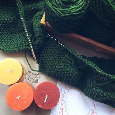 Мои повязушки 🌀 В процессе кардиган хвойного цвета ☘️