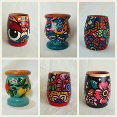 Decorated Flower Pots, Painted Flower Pots, Painted Pots, Mug Art, Posca, Ceramic Painting, Pottery Vase, Bottle Art, Dish Towels