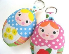 """matryoshka key chain....wouldn't this be cute for your daughter's play key chain (paired up with some """"play"""" (old) keys??!)"""
