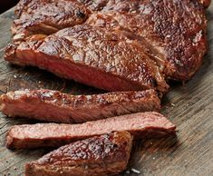 Anytime is a good time for tender, juicy, smoky brisket. We have the thermal tips you need to get it right. Grab a full-packer from your butcher and get smoking! T Bone Steak, Porterhouse, Rub Recipes, Dieta Paleo, Steak Salad, Smoked Brisket, Smoking Meat, Restaurant Recipes, Bbq