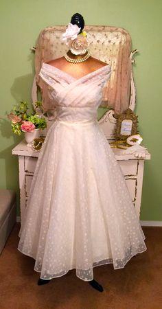 50s Princess Dress, Off Shoulder Dress, Ivory Tea Length Gown, 1950s Dress, Retro Wedding Dress, Jackie O, Vintage Cupcake Dress, Women's XS