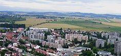 Zahrádka (na snímku uprostřed-a částečně skrytý Všechov), vpravo letiště, v popředí část Klokot a táborského Pražského sídliště-Rudolf Kukačka