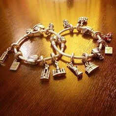 Design your own photo charms compatible with your pandora bracelets. Pandora Jewelry Store, Charm Jewelry, Jewlery, Pandora Travel Charms, Pandora Bracelet Charms, Disney Princess Jewelry, Jewelry Drawing, Photo Charms, Fashion Jewelry