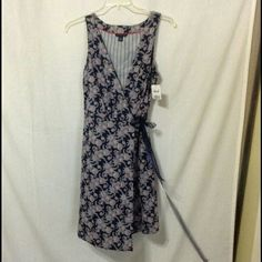 Tommy Hilfiger wrap dress Paisley print,  wrap style.  Worn literally only once. Size Large Tommy Hilfiger Dresses