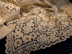 Pristine Large Antique Fine French Lace And Net Panel Bedspreads & Coverlets