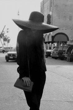 I love a big hat.