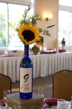 Wine bottle sunflower centerpiece my ridiculous mind for Clear wine bottle centerpieces