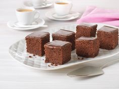 Baking Recipes, Cake Recipes, Norwegian Food, Kefir, Business For Kids, Tiramisu, Food And Drink, Pudding, Eggs