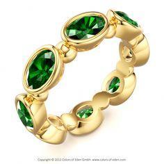 Tsavorite Garnet Wedding Band #Ring