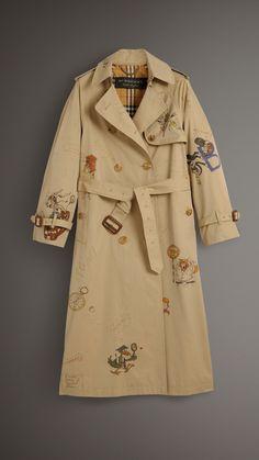 Укороченное пальто из тропического габардина с принтом Sketch (Медовый) - Для женщин | Burberry