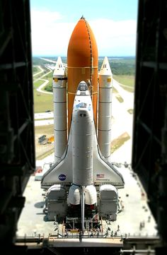 The end of an era, the deactivation of the shuttle program put our country into the necessity of replacement for a powerful and functional rocket that could be better and economical than the shuttles for the space program, the search is on, and the era of super rockets from the Apollo are coming back