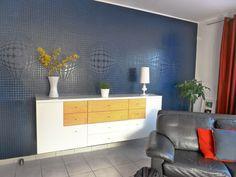 Einrichtungs Blog mit Fokus auf die Wandgestaltung. Bathroom Lighting, Mirror, Furniture, Home Decor, Wall Design, Bathroom Light Fittings, Homemade Home Decor, Mirrors, Home Furnishings