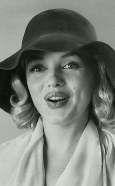 Marilyn. Photo by Carl Perutz, 1958.