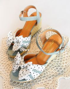 {Free Ship} Vivi Liz Lisa Style Sweet Dot Chiffon Bowknot Wedge Sandal from HIMI'Store $49.88 Summer Liz Lisa floral dots shoes with bow tie.  Color: Blue /Pink /Camel  Size: S (35), M (36), L (37) , LL (38--39)