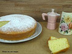 Torta alla panna montata. La torta alla panna montata è un dolce semplice, veloce, buonissima e super soffice. Si prepara con 5 ingredienti.
