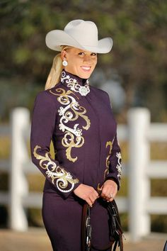 Would make a classy showmanship jacket. Different colors of course