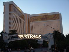 Google Image Result for http://www.stevecurtin.com/blog/wp-content/uploads/2010/09/The_Mirage_Casino.jpg