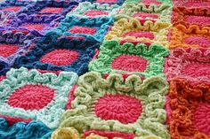 Ravelry: Doodle Dots Blanket pattern by Susan Carlson
