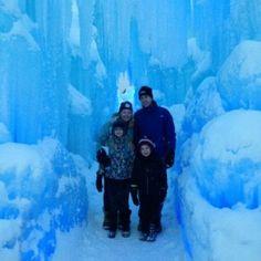 Breckenridge, Colorado. Ultimate winter wonderland with Ice Castles, skiing, dog sledding & more! #travel