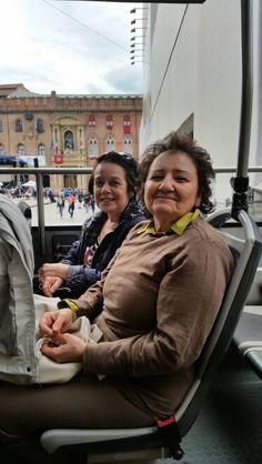 Rossella e Rosalba sul Red City Bus