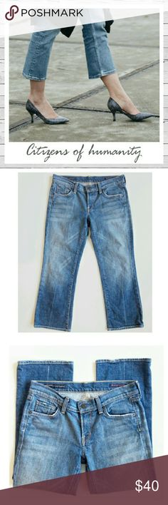 Citizens Of Humanity Kelly Stretch Low Waist Crop Citizens of Humanity Kelly #063 Low Waist Cropped Jeans. Light distress. Excellent condition. Sz 28. Only worn a couple of times. Super cute and versatile! Sorry no trades. Citizens of Humanity Jeans Ankle & Cropped